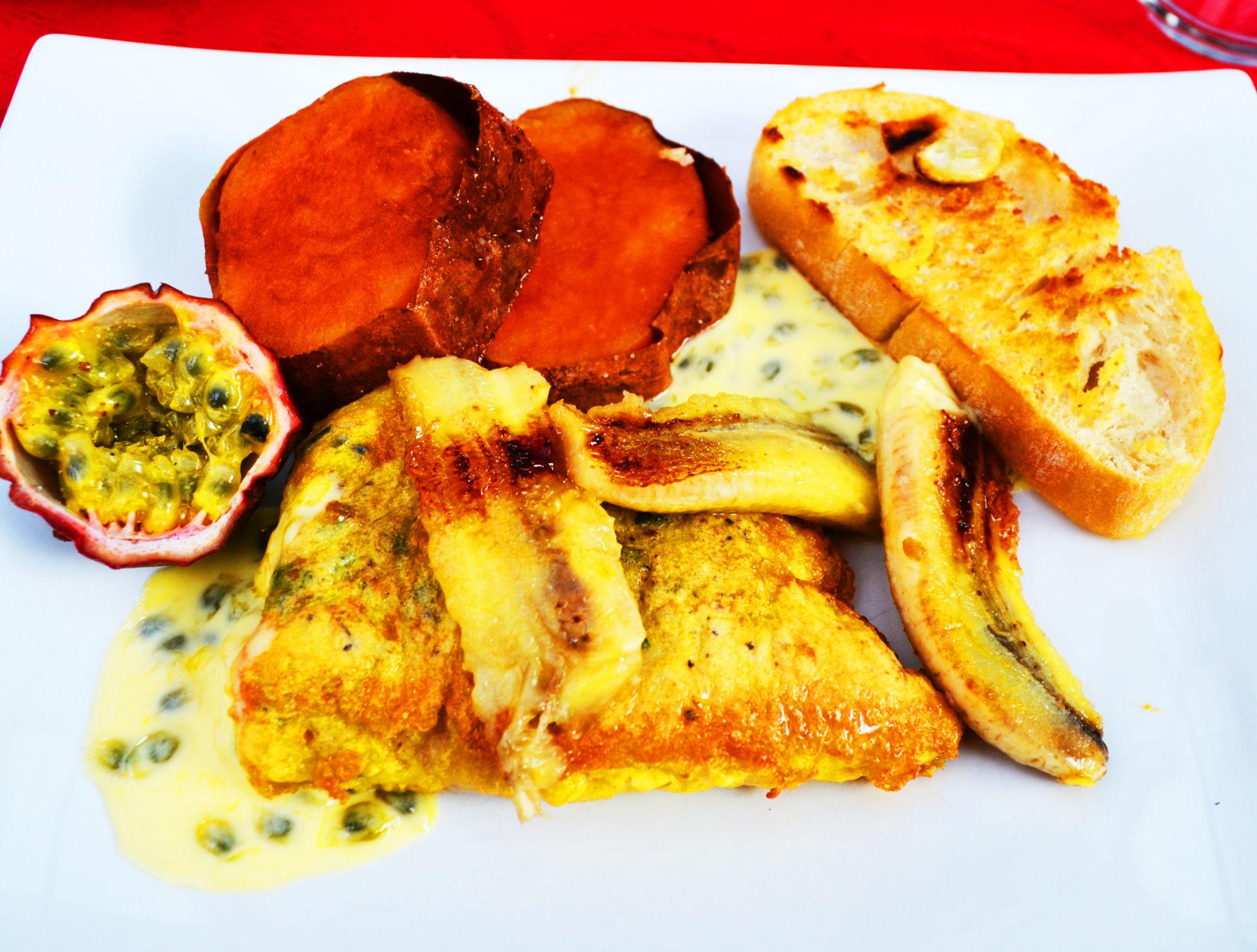 Ein köstlicher Gruß aus Madeira! Peixe com banana ( Fisch mit Banane)