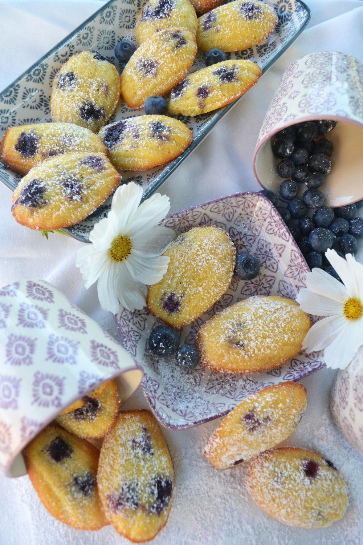Süße Leckereien auf Casablanca! Heidelbeer-Zitronen-Madeleines