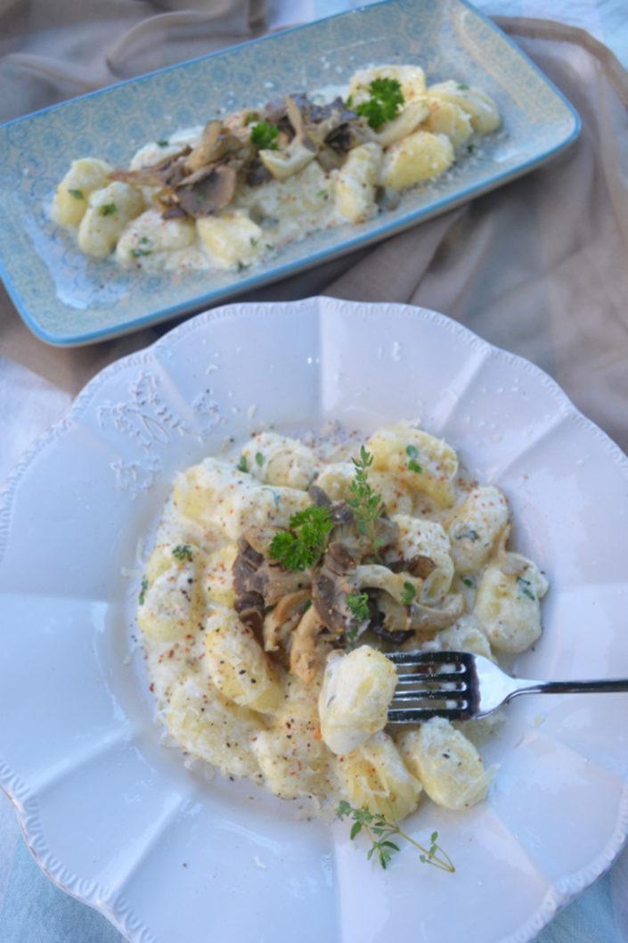 Ihr macht mich glücklich! Ziegenkäse-Gnocchi mit Pilzen