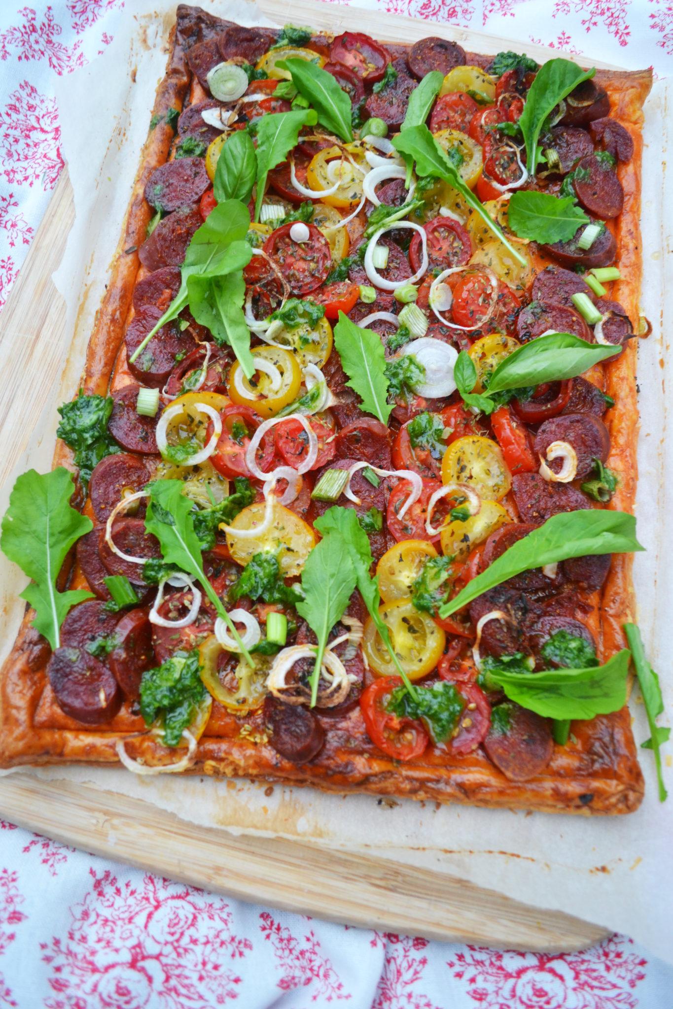 Aromatisches Knuspervergnügen! Tomaten-Chorizo-Tarte