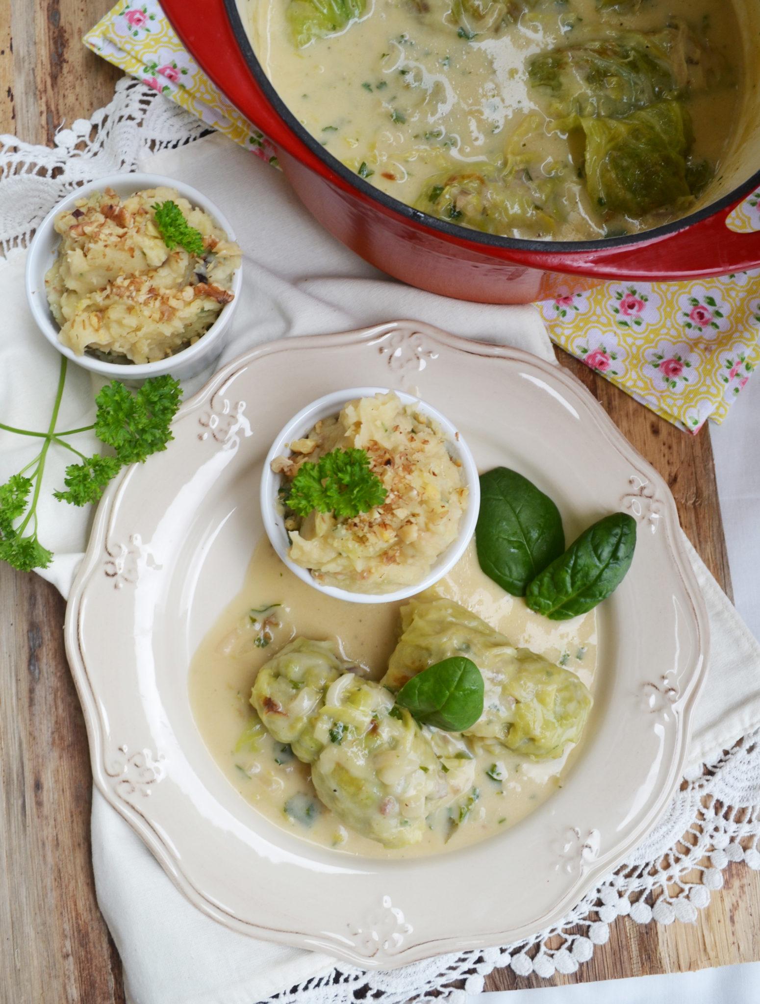 Geliebte Heimatküche! Gefüllte Krautwickel mit Kartoffel-Sellerie-Püree