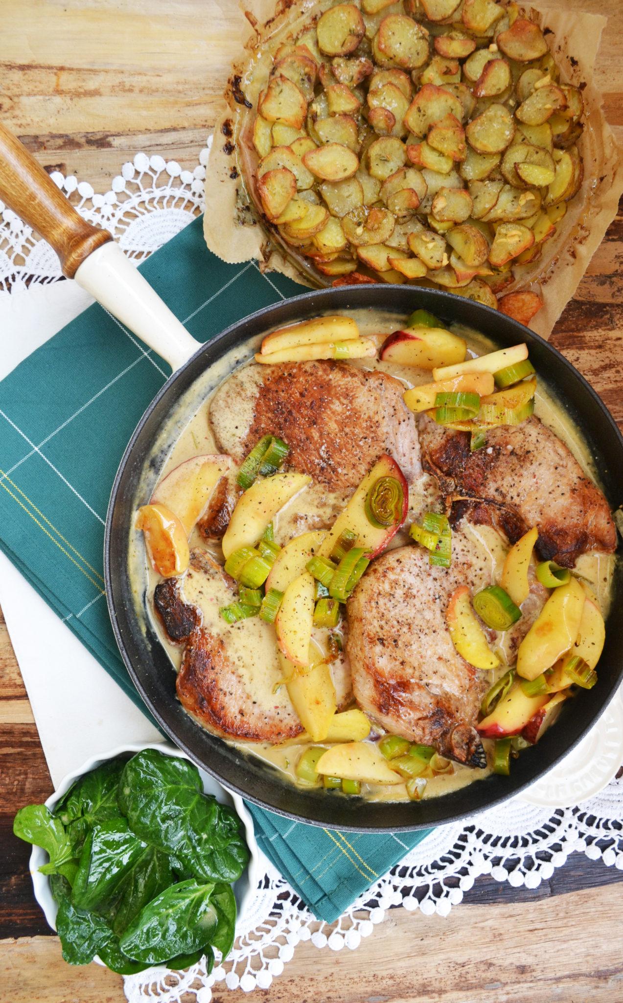 Ein Stückchen Frankreich! Schweinekotelettes mit Äpfeln und Anna-Kartoffeln