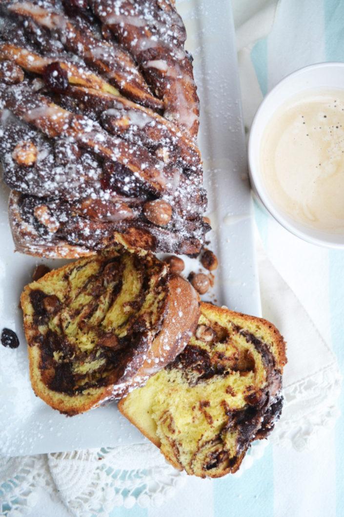 Zum süßen Adventsfrühstück! Schokoladen-Babka mit Nüssen