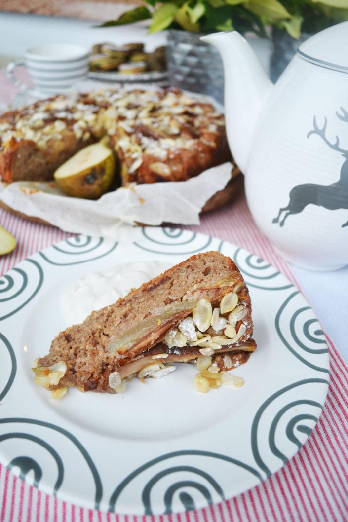 Genussvolle Adventszeit! Vollkorn-Birnen-Mandelkuchen mit Vanille-Ricotta-Creme